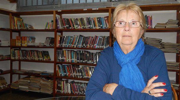 Elisabeth Urso preside la Biblioteca Jose Ingenieros de 9 de Julio