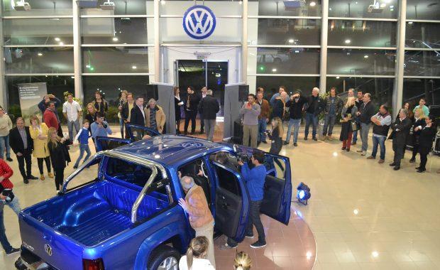 El publico asistente disfruto de las cualidades de la Amarok V6 en Alra Sur 9 de Julio