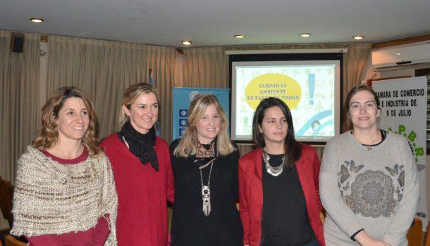 Maru Minotti, Marita Linarez, Malen Zelaya, Italia Fabiana y Angie Merlino