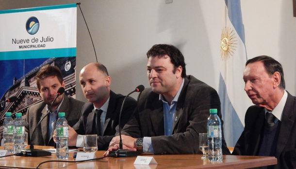 Benbenutto, Barroso, Constanzo y Seijo durante la apertura