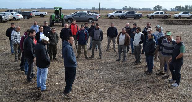 Productores que se hicieron presentes en la Jornada Agrale – Dumaire en 9 de Julio