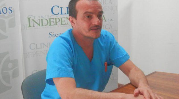 Dr Raul Zapata en dialogo con la prensa