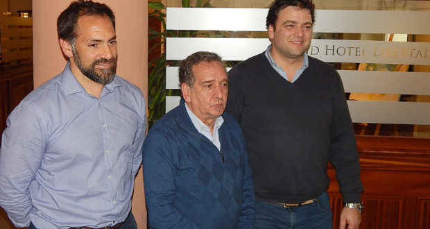 El intendente Barroso junto al Ministro Lino Barañao y el Secretario Gral de Cofecyt, Tomas Ameigeiras