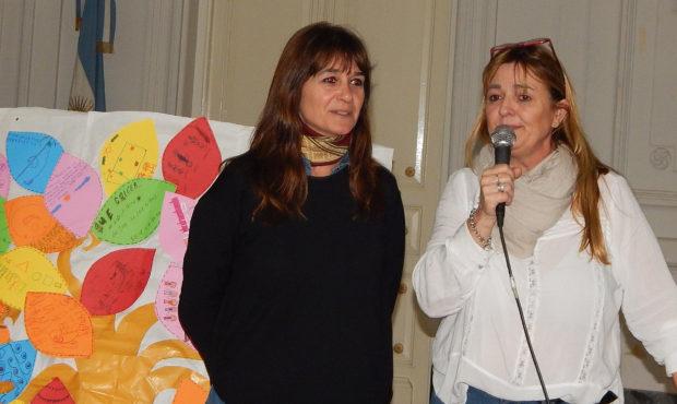 Patricia Sequeira y Silvina Odelo durante la apertura de la jornada