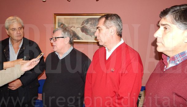 Saco, Cappelletti, Raffin y Valinoti en dialogo con la prensa