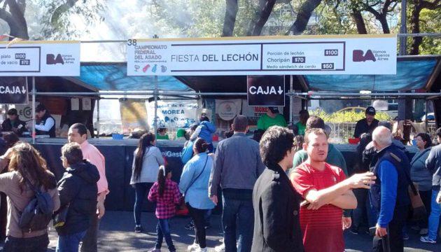 Stand de la Fiesta del Lechon en el 2do Campeonato del asado