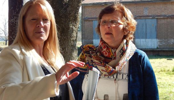 Teodora Menendez entrego una carpeta con tres proyectos para benefcio de Patricios