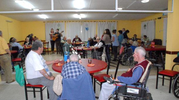 Actividad que se desarrollo en el Hogar de Ancianos