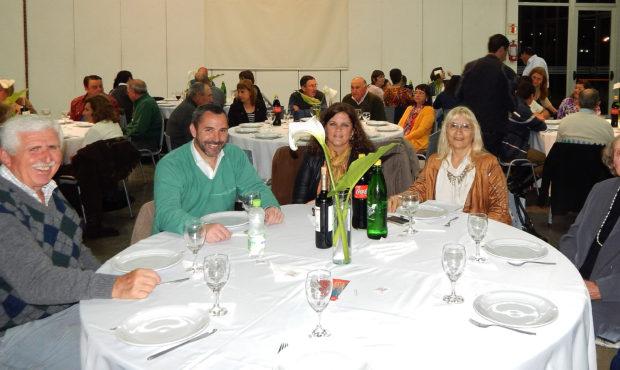 Graciela Vadillo presidente de Sociedad rural junto a Celina Ducca de Bustos y Fernando Bono Sub Secretario Municipalidad de 9 de Julio