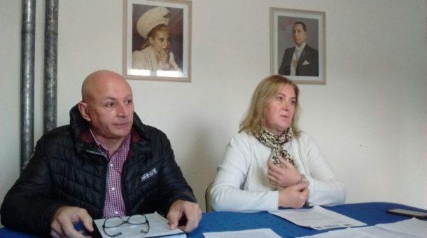 Horacio Delgado y Julia Crespo durante la rueda de prensa