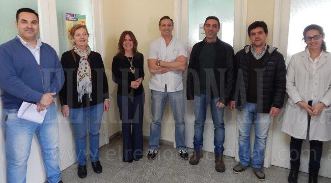 Integrantes de la Asociación de Profesionales, de Escuela Técnica, Rotary, Dirección del Hospital y de la Cooperadora