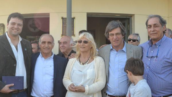 Barroso y Vadillo junto al Vice Gobernador Salvador, el presidente de CARBAP, De Velazo y el vice presidente de Sociedad rural, Aldo Esteban
