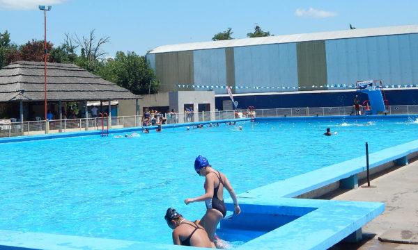 Pileta de natación del Club Libertad se trabaja en mejoras
