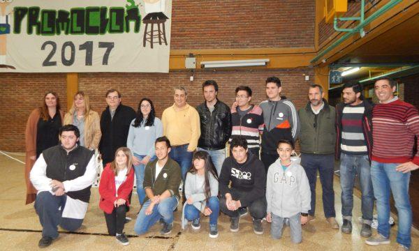 Profesores, alumnos y funcionarios municipales