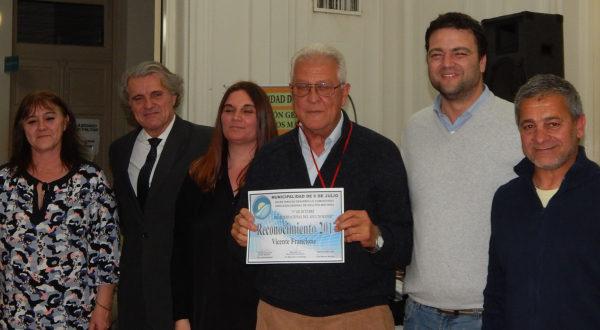 Vicente Francione tambien fue reconocido