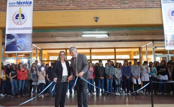 Balbo y Vallabriga dejaron inaugurada la Muestra