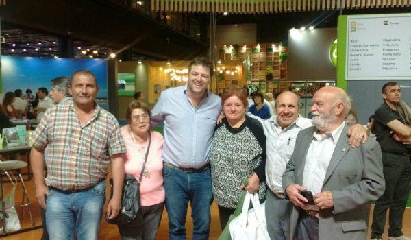 Barroso junto al Director de Turismo, el Delegado de La Niña y Vecinos
