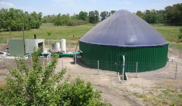 Biodigestor instalado en EAS Del Valle