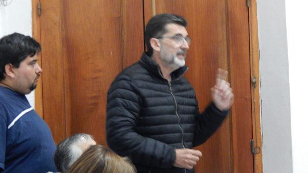 Diputado Jorge Silvestre durante su exposición en el Pleanario