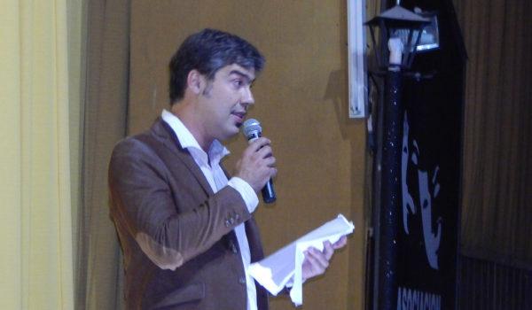 Facundo Berazadi durante la apertura del cuarto Concert de Colegio Los Ceibos