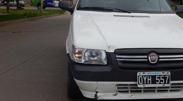 La Motocicleta impacto con la parte frontal del Fiat UNO