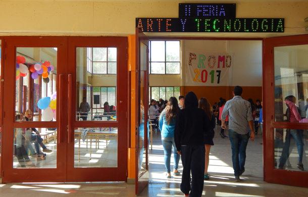 La escuela 8 realizo su Segunda Feria de Arte y Tecnologia
