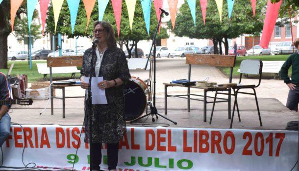 Liliana Vallabria al dejar sus palabras a los presentes