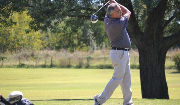 Miguel Trofimovih es finalista y busca el campeoanto del Golf Club 9 de Julio