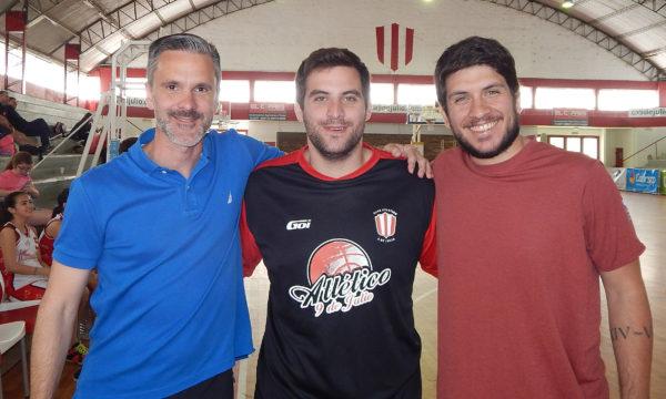 Pablo, Agustin y Matias se mostraron satisfechos por el intercambio realizado entre ambos clubes en basquet