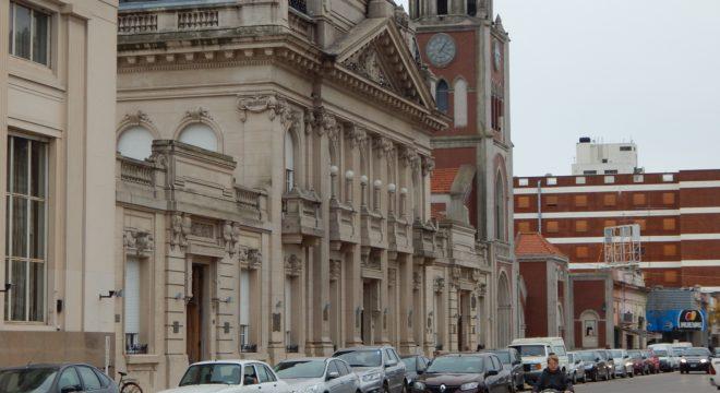 El Gobierno Municipal inicio la discusión salarial con ambos gremios