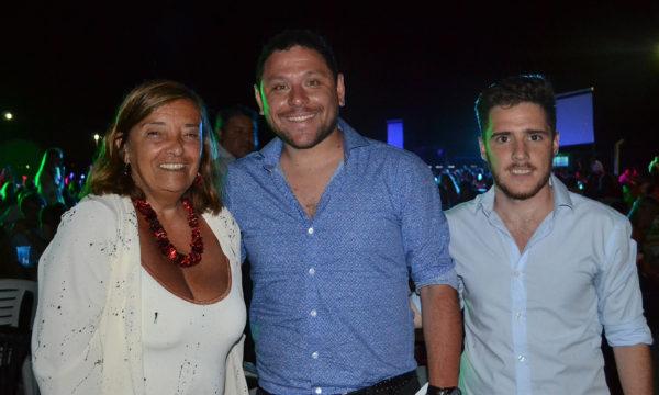 Federico Bellini junto a Julia Cereigido y Renzo Benedetti