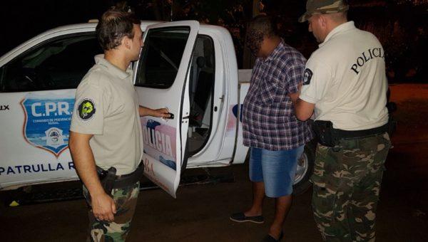 Una de las personas detenidas en Casares