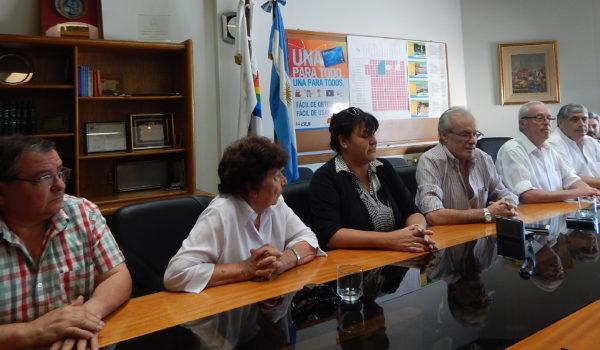 Integrantes del Consejo de Administración de la CEyS en dialogo con la prensa