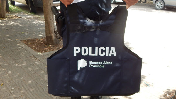 La Policia Comunal de 9 de Julio recibio nuevos Chalecos de seguridad