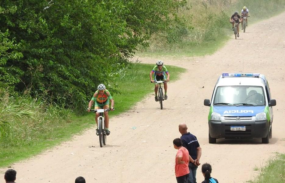 Ciclismo: Tras la realización la Doble Dennhey, el Equipo Transporte el Sol – Club Libertad ya tiene confirmado sus integrantes