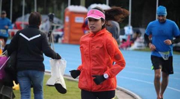 Nuria Oyanguren durante una de sus competencias del Ultramaraton en el 2017
