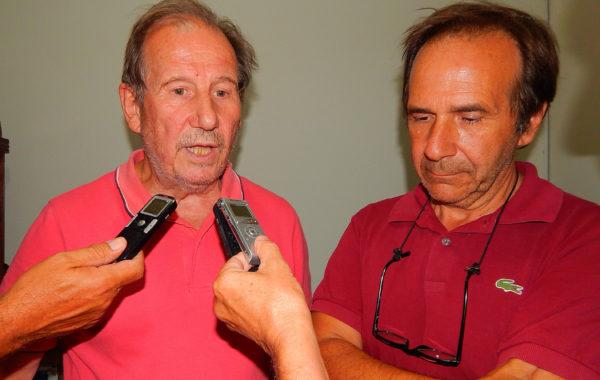 Julio Bordone y Hector Carta durante el dialogo con medios de prensa locales