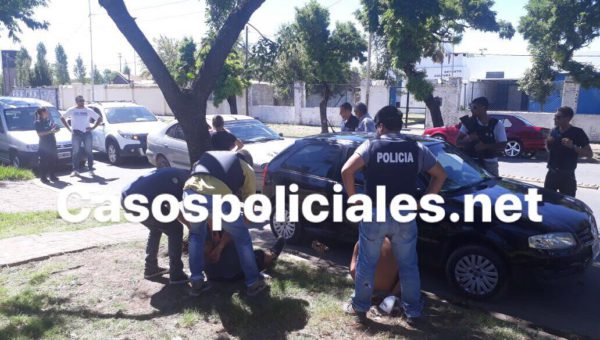 Momento de la detencion de los agresores en Pergamino