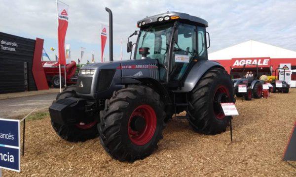 Pillmayquen estuvo presente en el Stand de Tractores Agrale