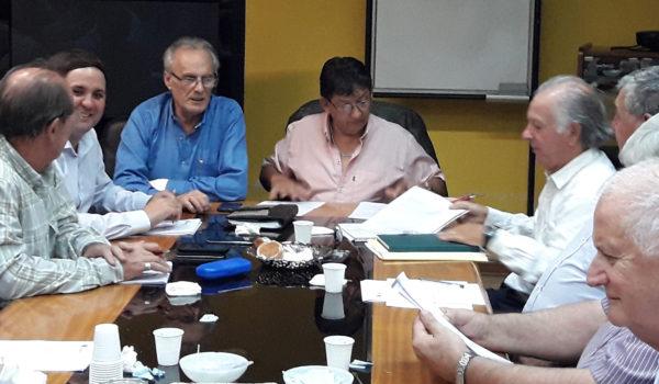 Alejandro Negro junto a Omar Malondra al inicio de la reunión