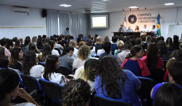 Instancia de la capacitacion sobre medio ambiente a docentes de Chivilcoy