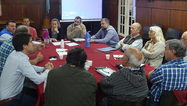La discusion en Mesa Agropecuaria estuvo centrada en los dichos del Intendente sobre la labor realizada en la red via