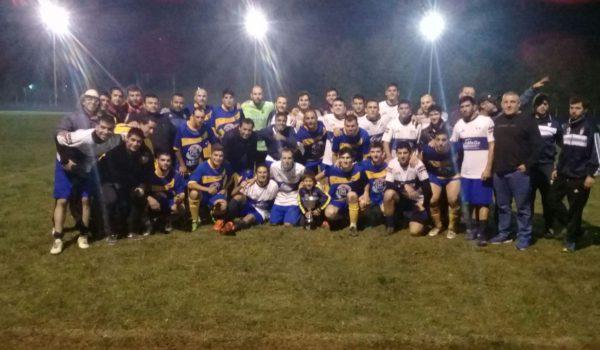 Los equipos de Libertad y Defensores de la Boca juntos tras participar del Cuadrangular