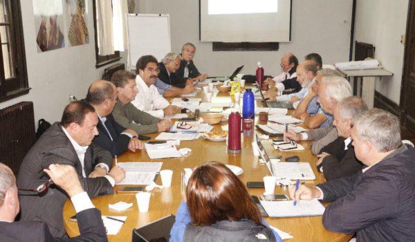 Reunion de la Mesa Provincial Lechera dada el ultimo viernes
