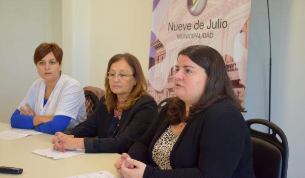 Lucia Pirotta junto a Lic. Elisa Gutiérez y  Marcela Lossa