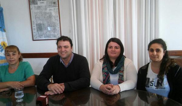 Barroso junto a la Secretaria de Salud Lucia Pirotta, la Driectora del Hospital Nancy Amado y la sub secretria de salud Julieta Ferrari