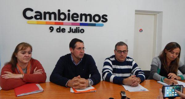 Marcela Gil, Gaston Vaira, Diego Spinetta y Eliana Dramisino