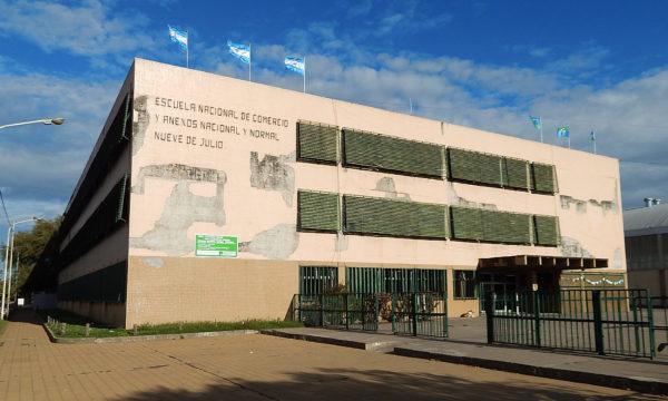 Edificio de la ex Escuela de Comercio, hoy Normal Superior y que cumple 75 años