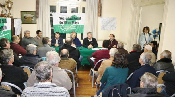 Instancia de la Asamblea realizada en 25 de Mayo