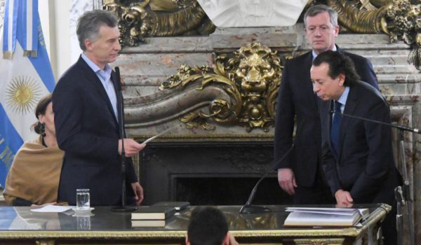 Dante Sica al jurar como Ministro de Produccion